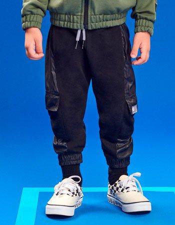 Calca Jogger Preta Infantil Masculina com Bolsos I0217
